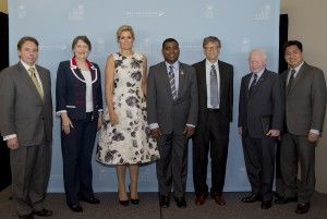 World financial inclusion leaders at UNGA week side event. Left to right: Mr Marc Bichler; Ms Helen Clark; Her Majesty Queen Maxima, UNSGSA; Hon. Ralph Jooma, M.P.; Mr. Bill Gates; H.E. Jose L Cuisa Jr.; Mr Paolo Baltao.